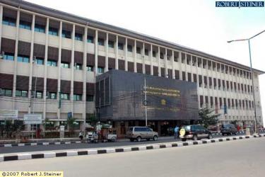 Kantor Pelayanan Pajak (KPP) Pratama Jakarta Gambir Dua @ Jalan KH. Hasyim Ashari