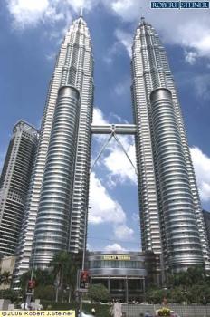 Petronas Twin Towers (KLCC) @ Jalan Ampang