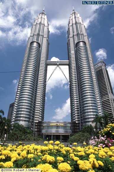 Petronas Twin Towers (KLCC)