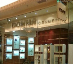 Donna Cosmetics Photos