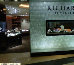 Richards Jewellery Photos