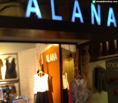 Toko Alana Photos
