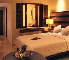 The Santosa Villas & Resorts Lombok Photos