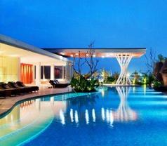 Hilton Hotel Bandung Photos
