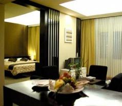 Topas Galeria Hotel Bandung Photos