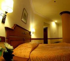 Tunjungan Hotel Surabaya Photos