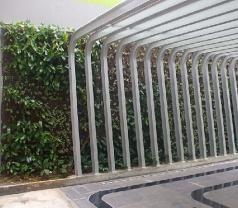 Indo Green Wall Photos