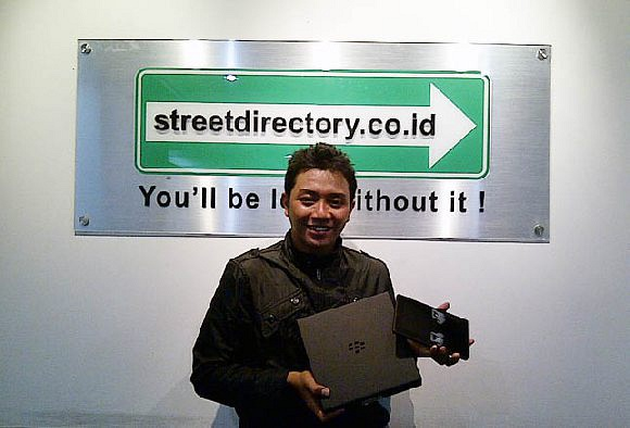 Pemenang Grand Prize Event Oct-Dec11 - Blackberry Playbook : Anggar Whida