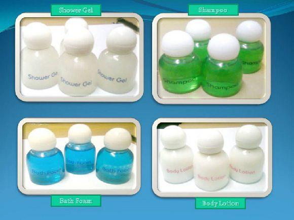 Shampoo, Shampoo yang kami kemas dengan botol 25ml sangat cocok buat Hotel dan Rumah Sakit karena tidak terlalu besar, dan warna bisa di sesuaikan dengan permintaan. Bisa juga menggunakan logo Hotel maupun Rumah Sakit bersangkutan