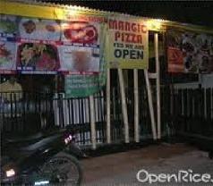 Mangio Pizza Photos