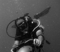 Oceanic Dive Shop Photos