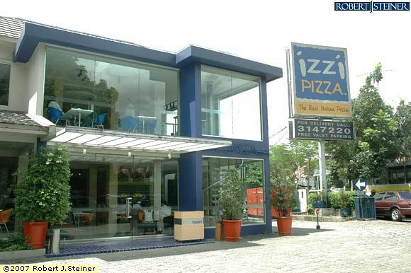 Izzi Pizza