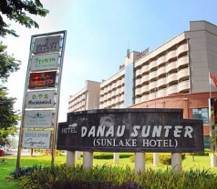 Hotel Danau Sunter Photos