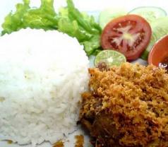 Warung Astini Photos
