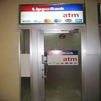 Bank Lippo Photos