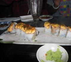 Naga Sushi Photos