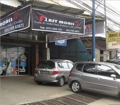 1st Mobil  Photos